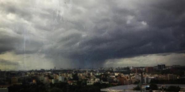 Bengaluru rains to get intense, heavy showers tomorrow