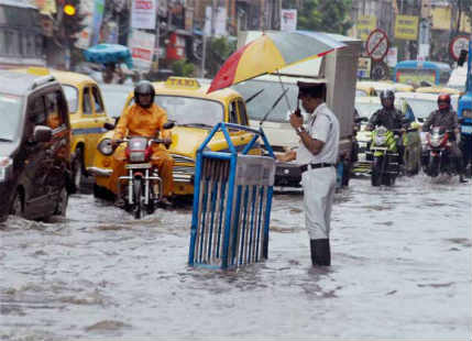 Heavy rains to continue over Kolkata, West Bengal until today