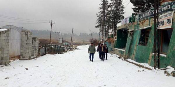 First snow of season for Rohtang, Leh, Gulmarg, Sonmarg, Kinnaur
