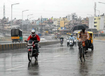 Rains to increase over Honavar, Mangaluru, Chitradurga; Bengaluru to remain dry