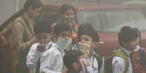 Pollution levels continue to deteriorate, Delhi government issues health advisory