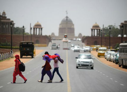 Warm temprature in Delhi