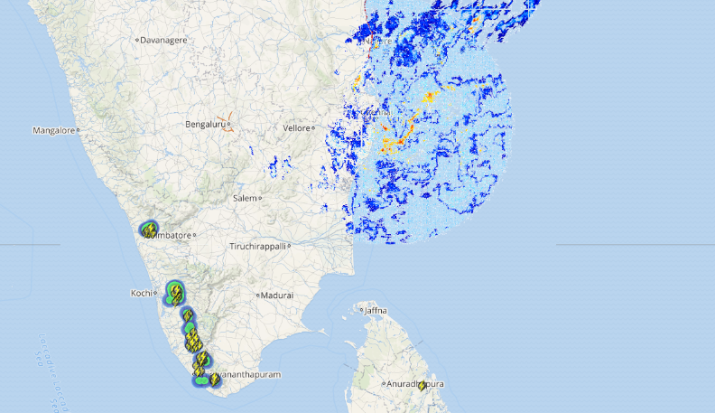 live status of lightning and thunderstorm over Kerala