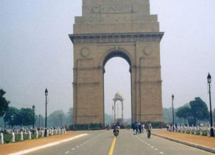 Delhi under the grip of winter, pollution to improve