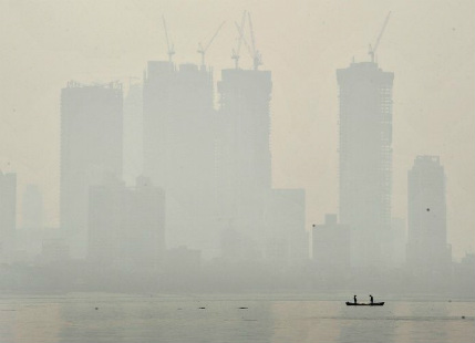 Mumbai Pollution: After Delhi, Mumbai smog appears; air quality becomes very poor
