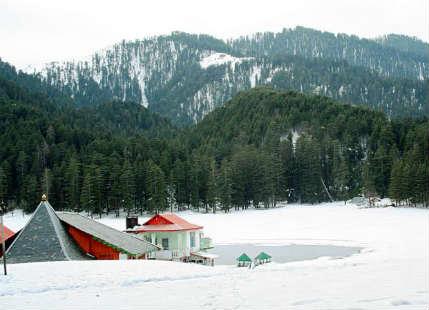 Snowfall in kashmir hills