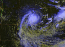 Cyclone Berguitta: Mauritius gears up as storm nears