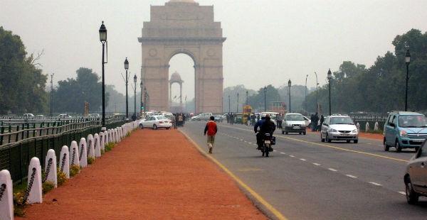 Delhi gradual increase in temperature