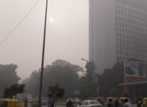 Fog in Delhi 600