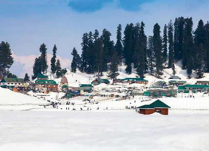 Snow blankets Srinagar, Shimla, Manali, Gulmarg, Pahalgam, Kinnaur