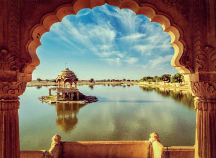 Gadisar-Lake-in-Rajasthan-Travel Triangle 600