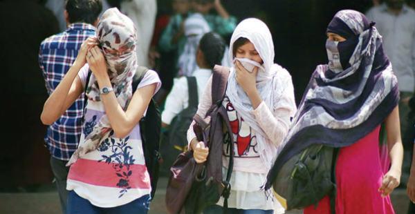 Heat-wave Delhi and rain