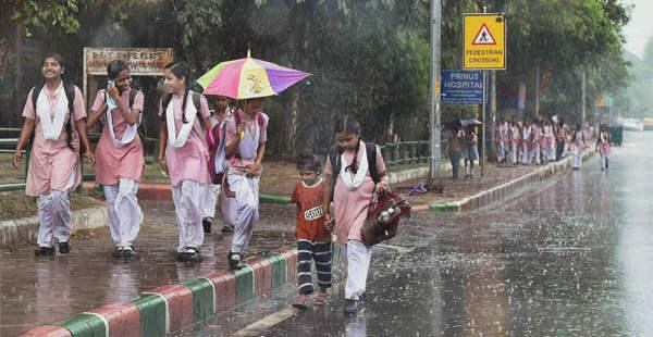 Delhi rains and thundershowers