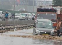 Flooding rain in Gorakhpur-- UNI 429