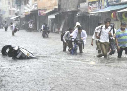 Heavy rain in Meerut
