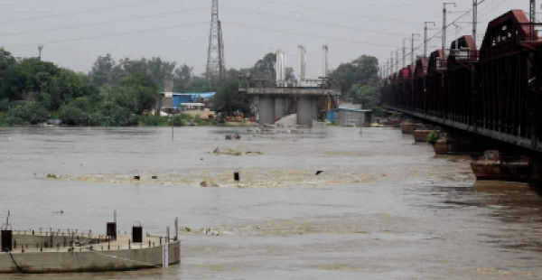 Yamuna water is on rise