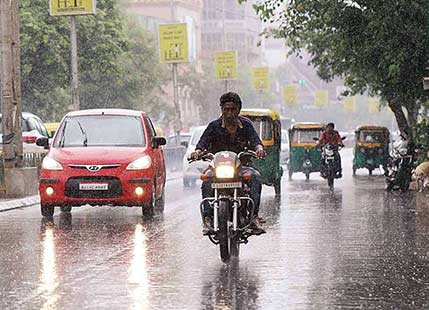 Gujarat rains to reduce further, relief on cards