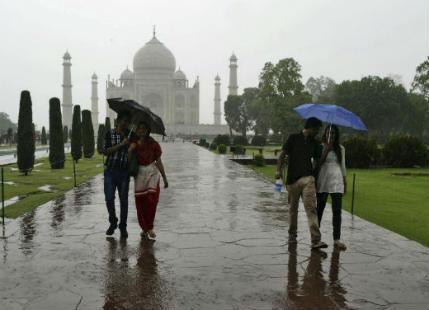 Rain In Firozabad : Latest news and update on Rain In Firozabad