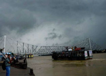 Upcoming low pressure area to give more rains over Kolkata