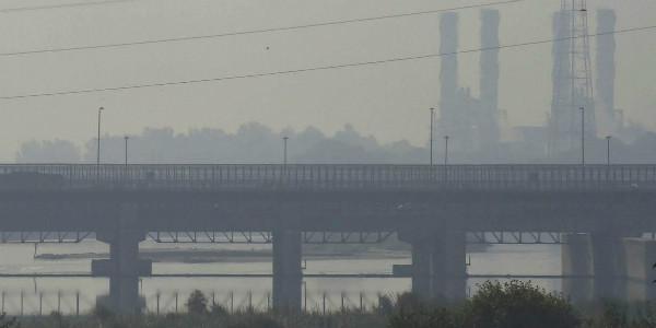 Haze hovers over Indian capital as peak pollution season arrives