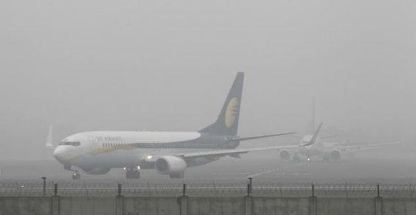 Delhi fog at Palam Airport -The Quint 600