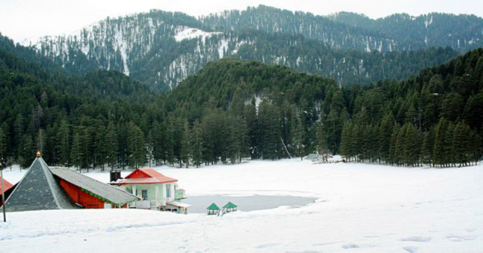 Snowfall-in-kashmir-hills_Holidify-1200