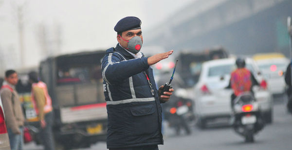 Delhi-pollution_News18 600