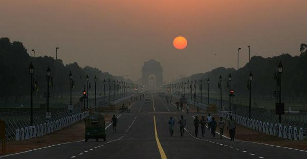 Delhi sunny morning Vishwagujarat 600