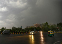 Dust storm and rain in Delhi--Hindustan Times 429