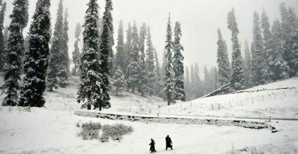 Rain-snow in Kashmir and Himachal_NDTV 600