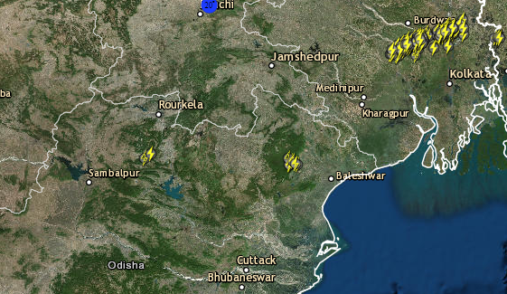 Live lightning West Bengal and Odisha