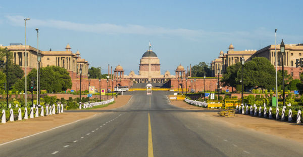 Delhi pleasant weather_The Lalit dot com 600
