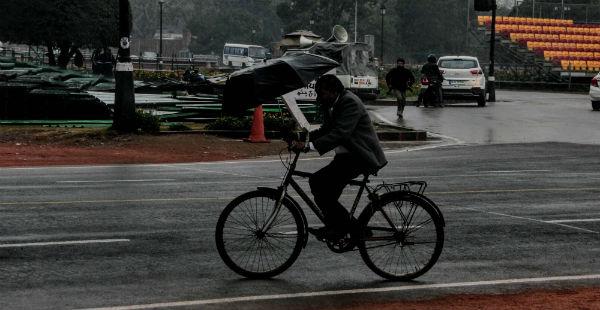 Delhi rains-Business Insider India 600