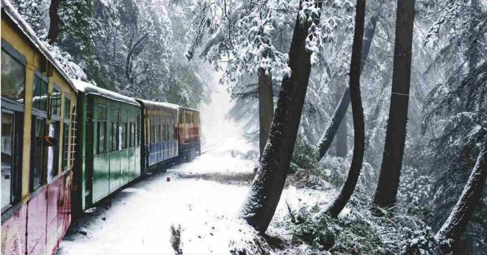 snowfall in Hills