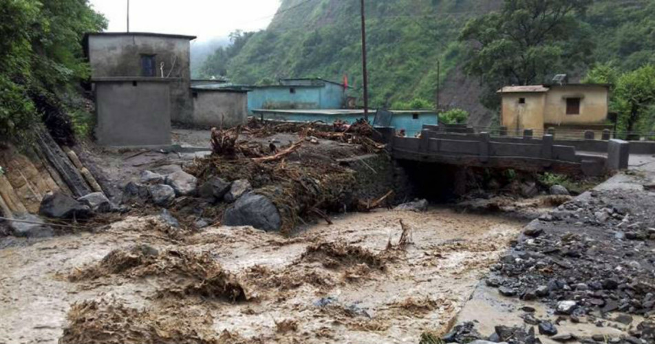 Indonesia floods, landslides toll reaches 77