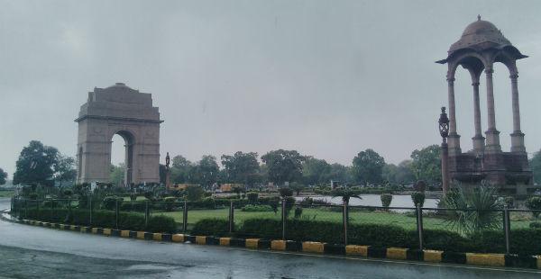 Delhi-rain-cools-down-delhi-weather -- Newsfolo 600
