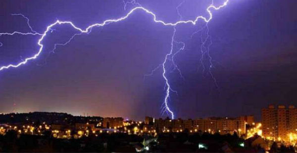 Lightning_rain in Bihar and Jharkhand_Catchnews 600