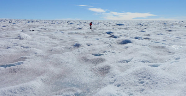 Increased frequency of winter rains in Greenland signalling towards