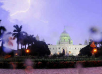 Thundershowers in Kolkata