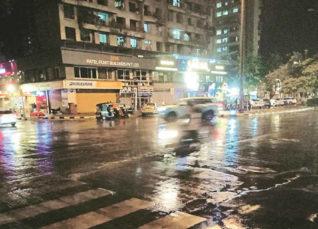 Intense Rains in Mumbai in wake of Cyclone Vayu