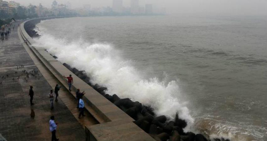 Mumbai Rains Cyclone Vayu