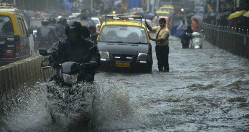Mumbai Rains Live