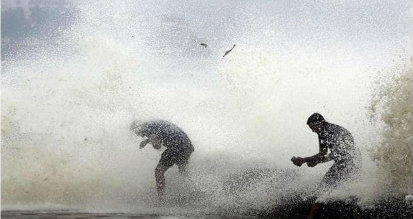 Cyclone in Gujarat