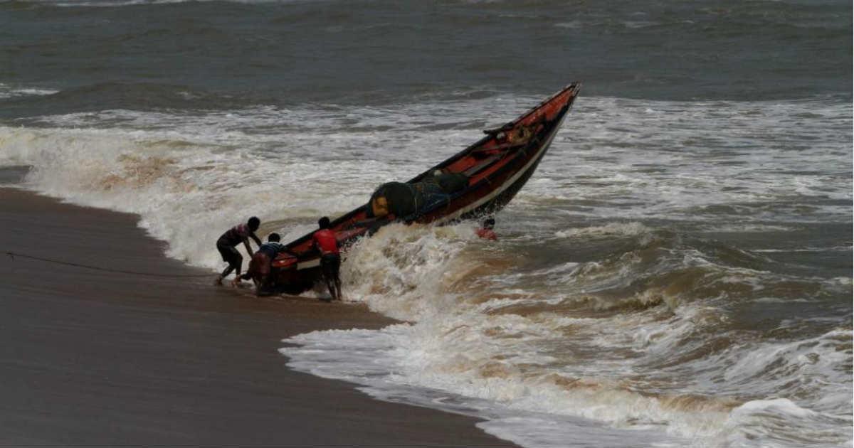 cyclone-Vayu-india