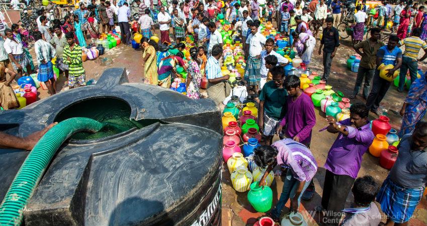 Chennai-water-queues