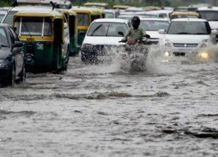Heavy rains hit traffic in Delhi Newsx 1200