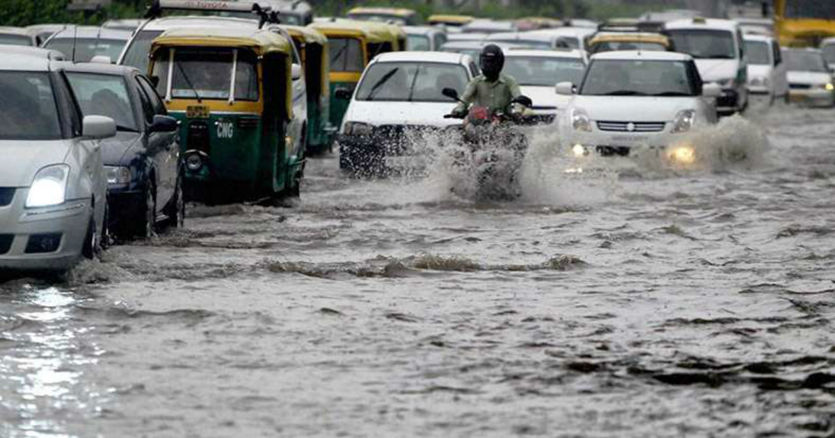 Heavy rains hit traffic in Delhi Newsx 1200