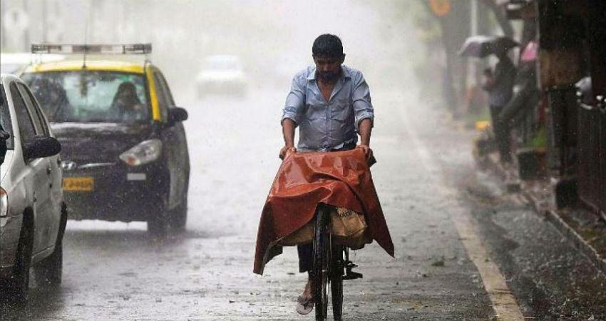 Heavy Monsoon Rains in Uttar Pradesh