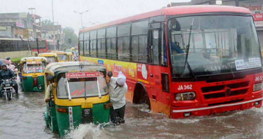 Rain in Kutch