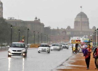 monsoon rain in Delhi